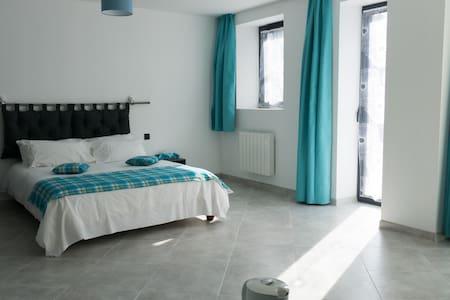 """Chambre """"Anses d'Arlet"""" - Trévières"""