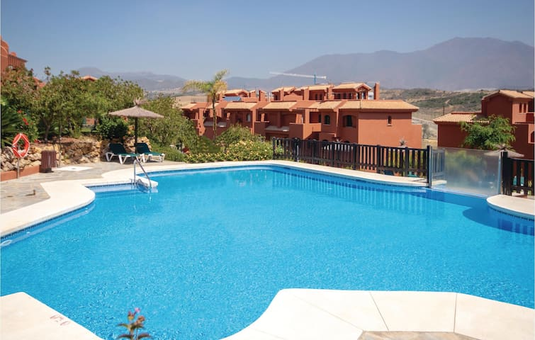 Holiday apartment with 3 bedrooms on 90m² in Estepona