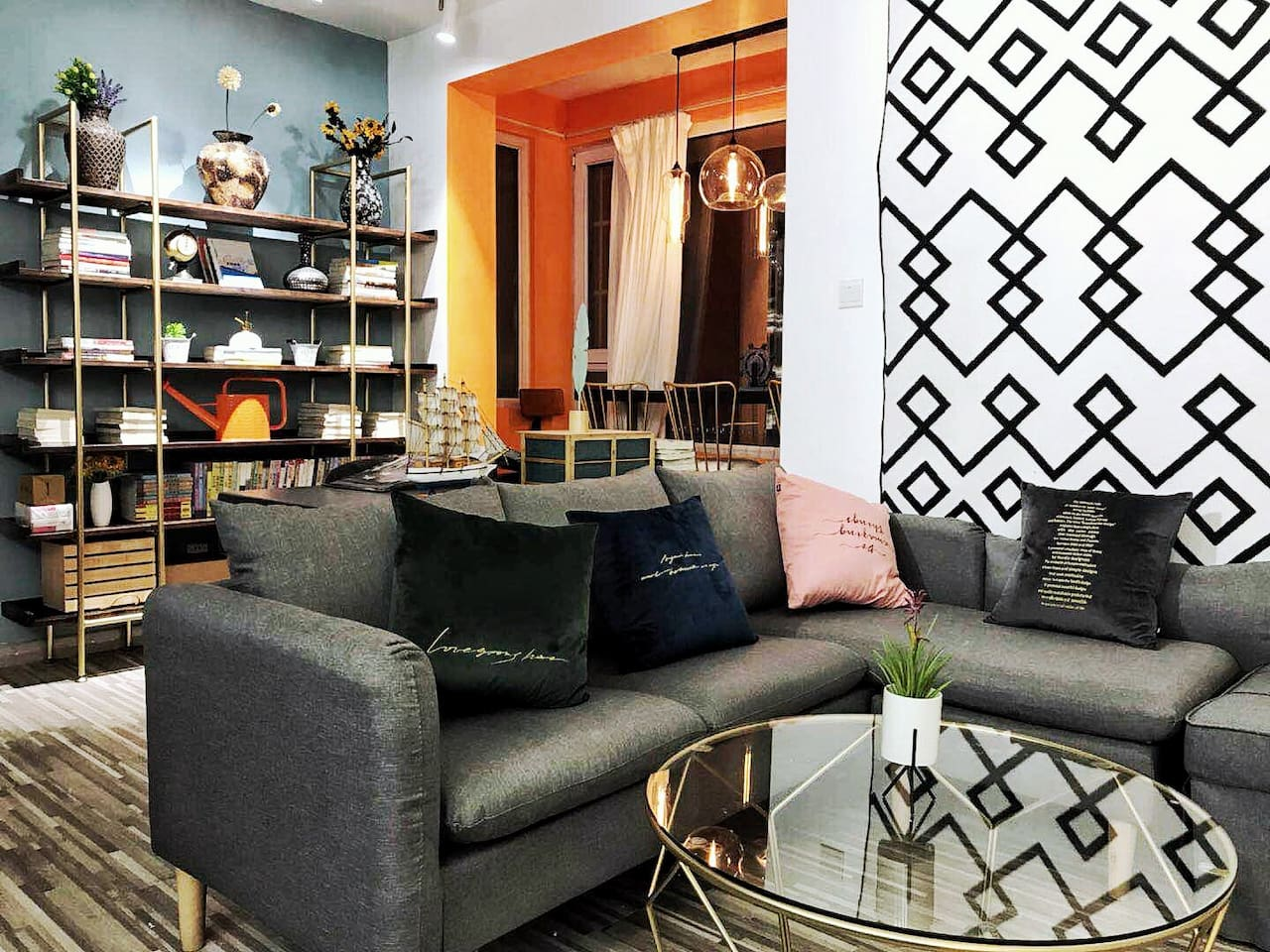 沙发,书架,吧台