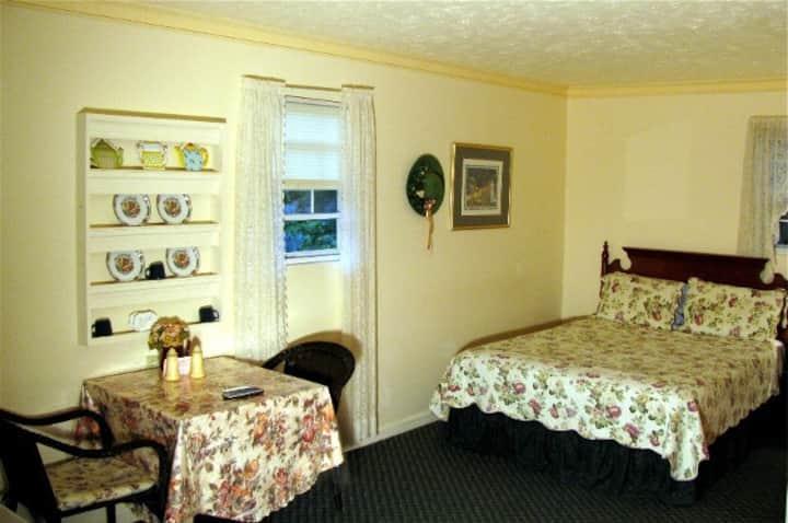 Chimney Rock Inn - Lady Bug