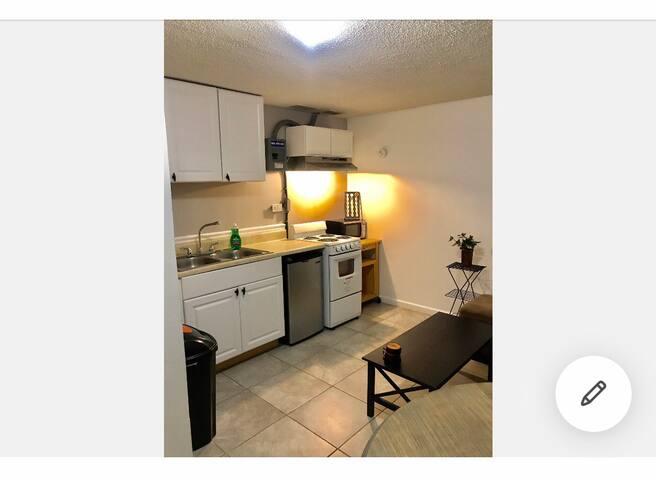 Stonemountain  private entrance apartment