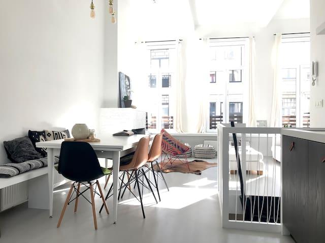Brand new Design Duplex on top Location! Nr1