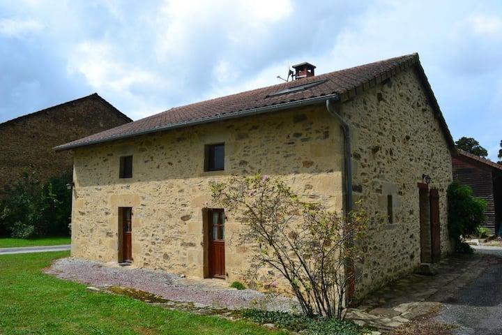 Maison de ferme au calme, au cœur du Limousin