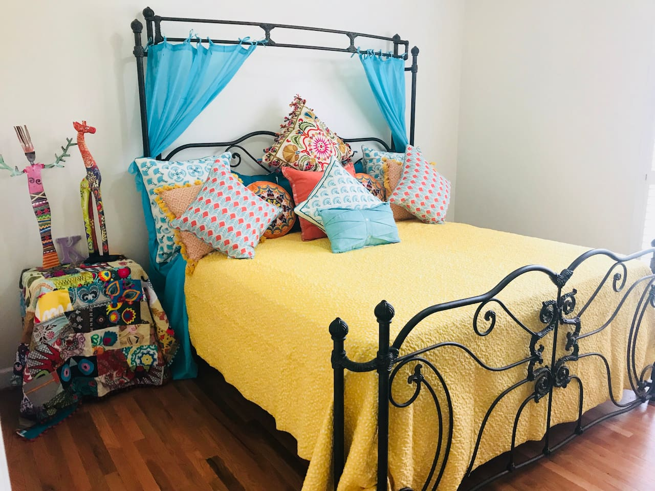 Sunny Guest Room with King Bed!