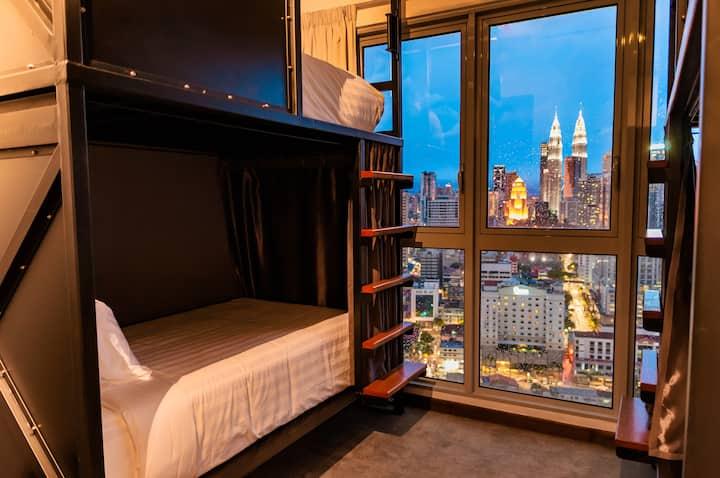 Regalia 5 Star Luxury Dorm KLCC View by Tuxedo KL