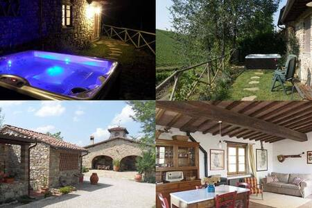 FLORENCE country cottage - jacuzzi in the garden - San Casciano in Val di pesa