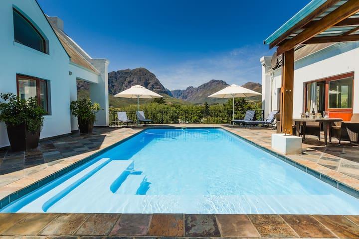 Protea House @ De Kraal Estate - Stellenbosch