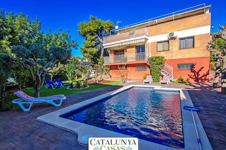 Amazing villa in Cubelles for 10 guests, only 1.5km to the beach! - Barcelona Region