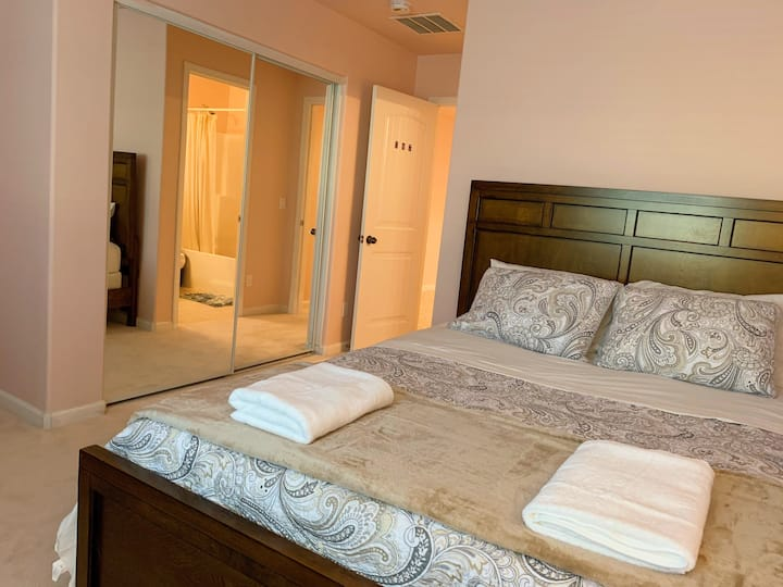 Comfort suite like hotel#307