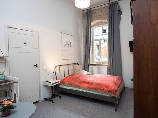 Charmantes Vintage Zimmer im Herzen Weinheims
