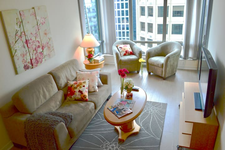 %35 OFF! Coal Harbour - Water View 2BD