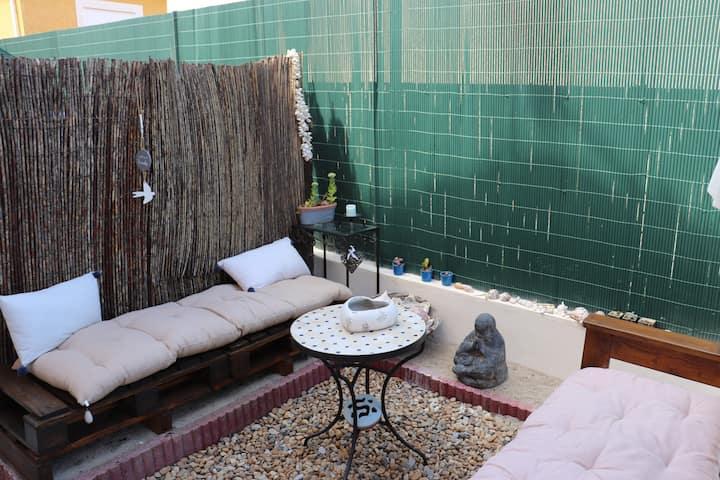 Pavillon agréable avec jardin et parking