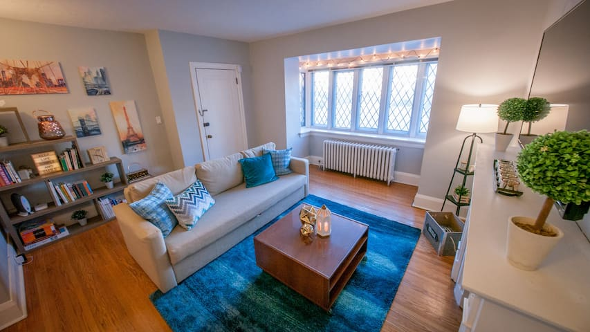 Toronto Midtown Cozy - Parking incl. 2BR, sleeps 6