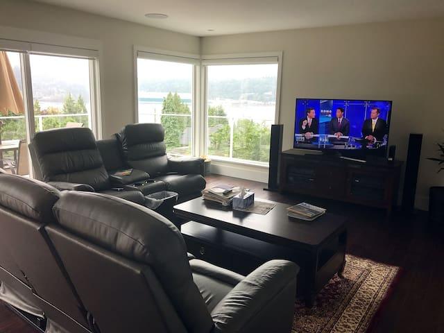 BBC, CNN, HBO living room
