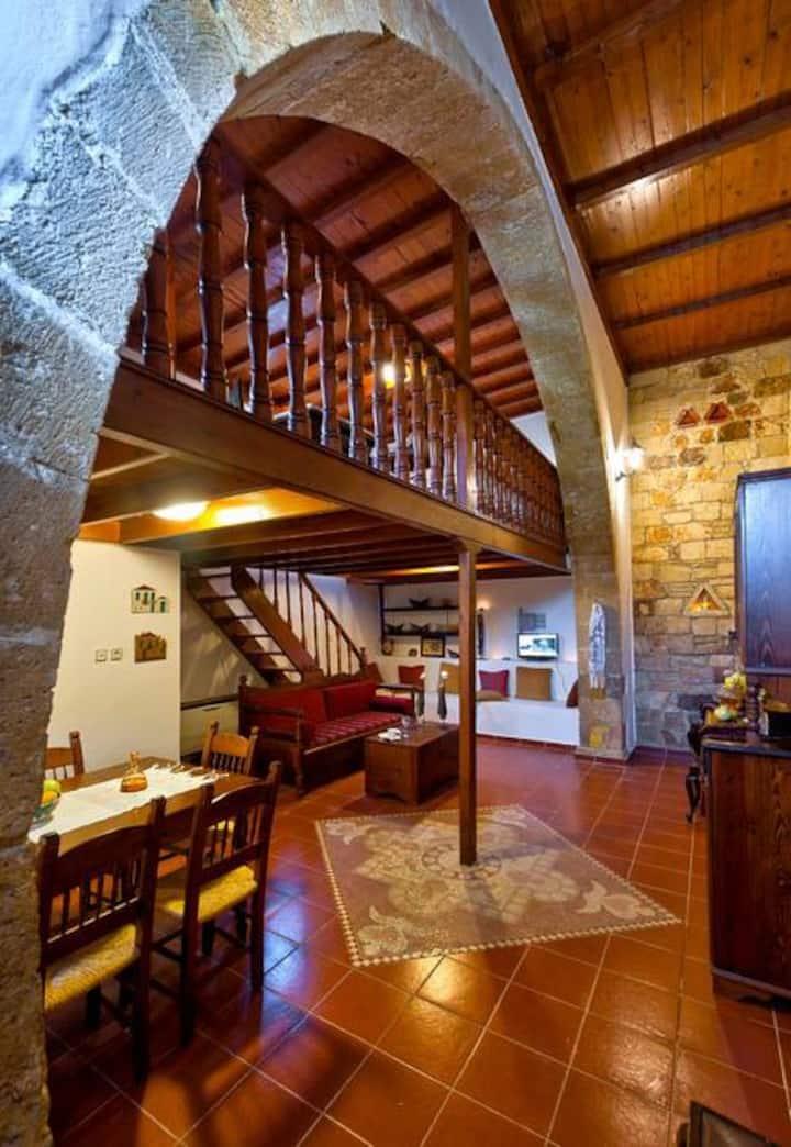 Traditional Cretan Stone House /2