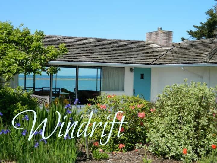 Windrift House - Stunning Water Views; Water Access