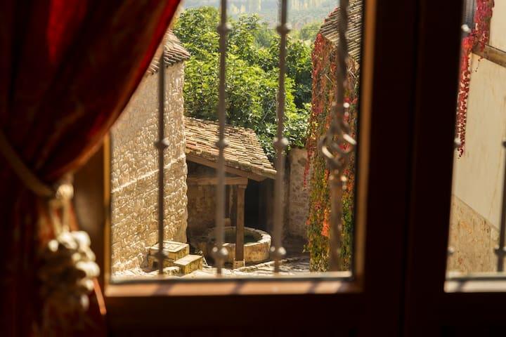 Casas Rurales Tío Mora para 26 y cerca de Madrid