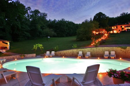 Stylish stay on a private estate with sauna, heated pool and jacuzzi