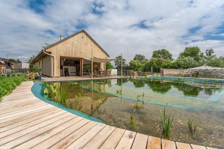 ❤️ Jedinečná farma- přírodní dům v duchu velryby🐳