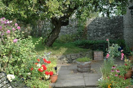 Pretty, rural apartment with patio near Hay-on-Wye - 海伊鎮(Hay-on-Wye)