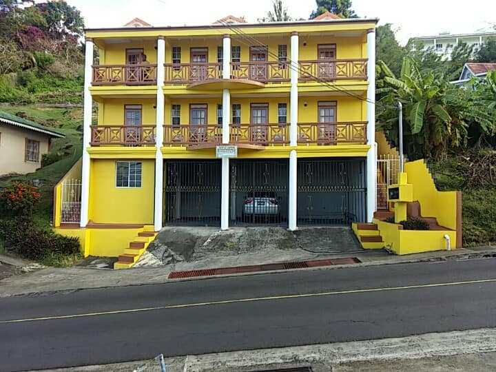 Lu-J Apartments