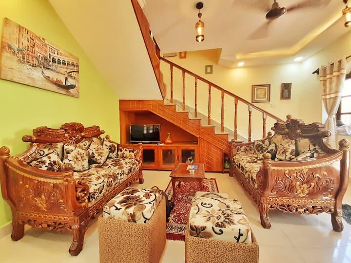Jyot's homestay and Villas (Antique 4BHK Villa)