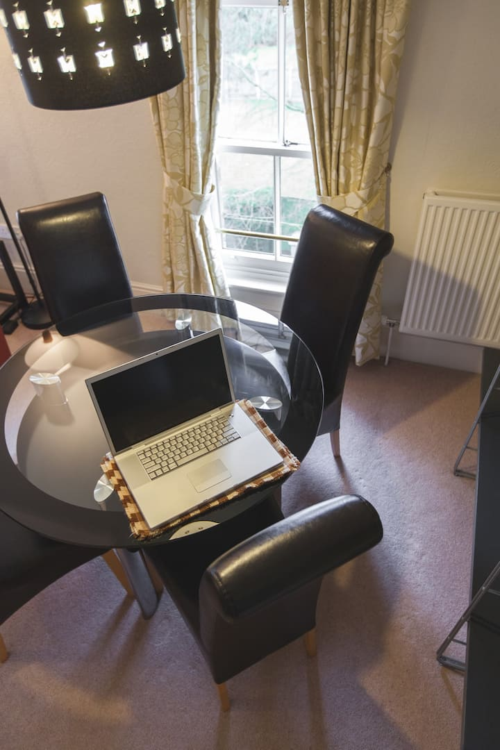 Tabley Apartment - Luxury Serviced Apartment