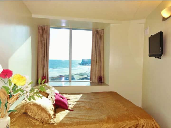 1 bedroom condo in Atlantic City