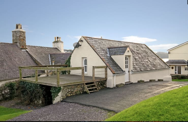 Paddleboard Cottage - Isle of Anglesey - House