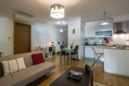 Modern flat in Lisbon - Lisboa