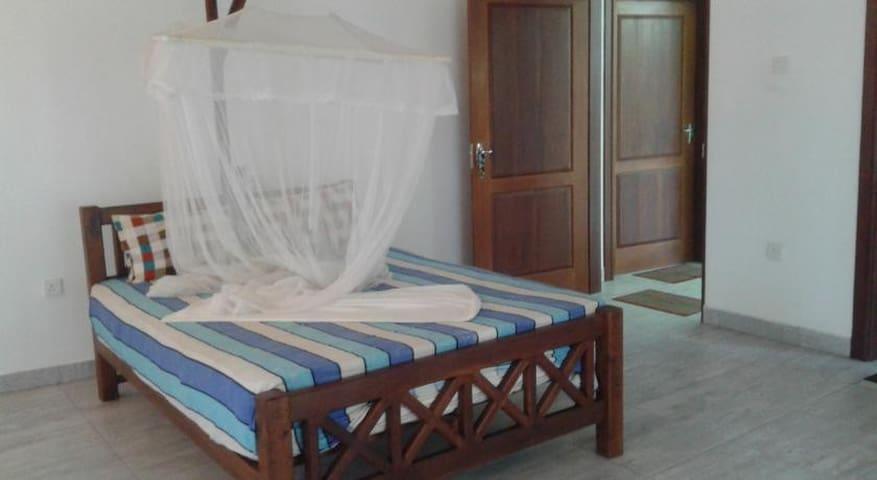 Red Lobster Villa Double room AC - Hikkaduwa - Wikt i opierunek
