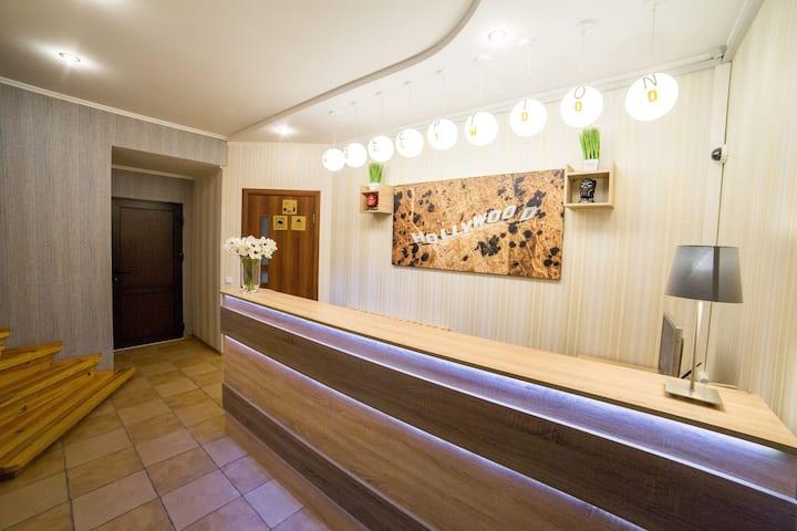 """Отель """"HOLLYWOOD"""" уютный отдых по доступным ценам"""