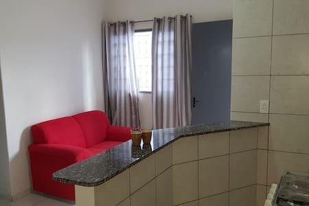 Casa 3 Mobiliada em Anápolis-Goiás com 1 garagem