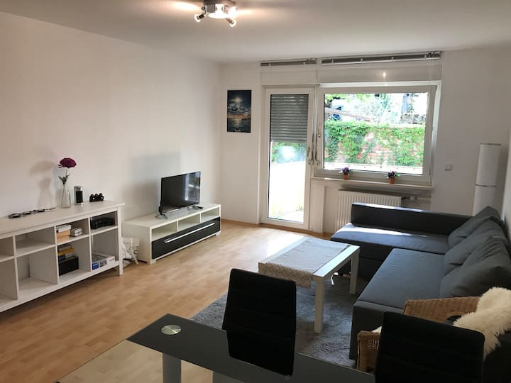 🇩🇪Quiet 45m² apart. in central location + balcony 🇬🇧
