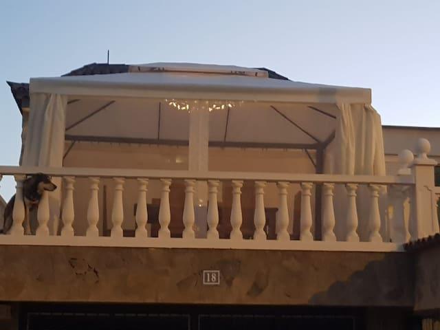 A beautiful Canarian house in Valle San lorenzo.