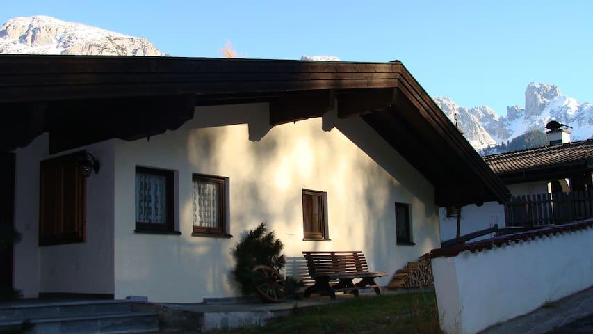 Ferienhaus Donnerkogelblick - Steuer - Casa