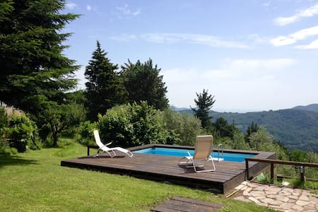 Typical Country house with panoramic pool and wifi - Pescaglia