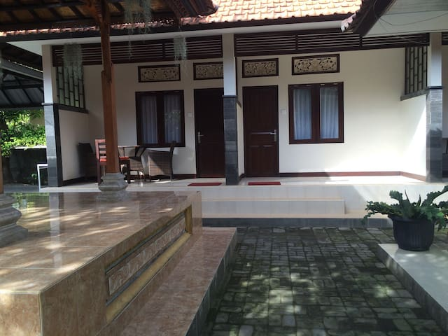 A cozy spacious place in Sanur - Denpasar - Bed & Breakfast