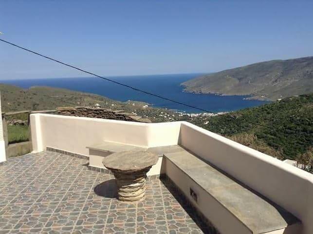 Tourlos apartment aegean view