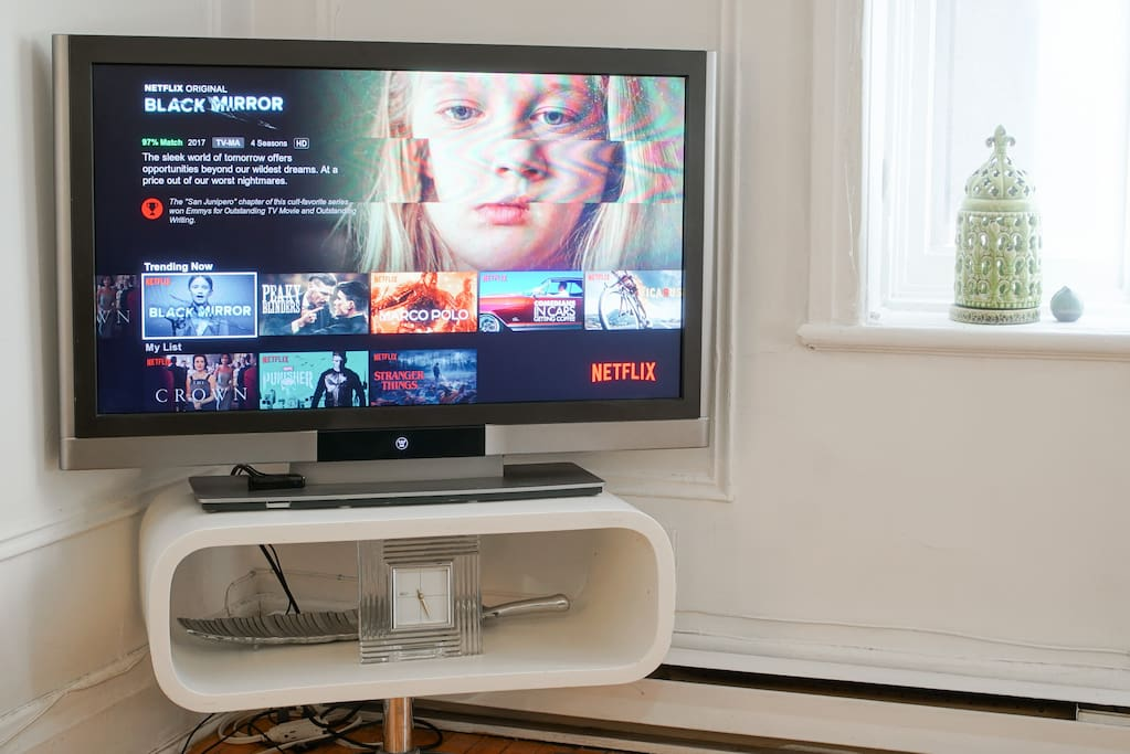 Large flatscreen tv with Netflix and Youtube