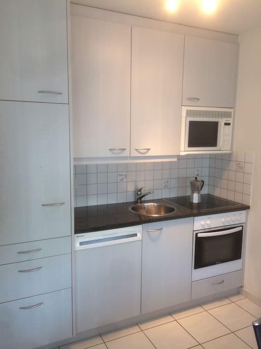 Küche Kitchen Cocina