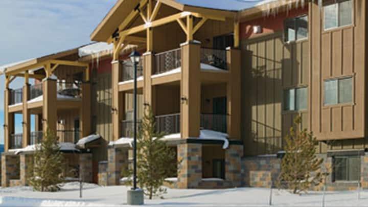 Worldmark West Yellowstone Pool Closed til Dec