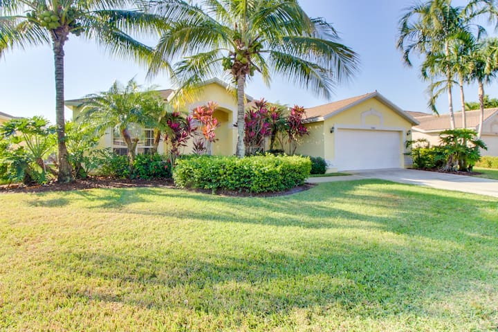 Tropical family home with private pool and convenient location