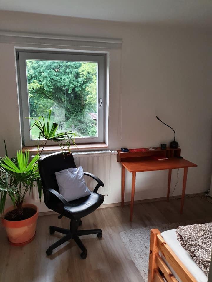 Kleines Zimmer in Zentrumsnähe