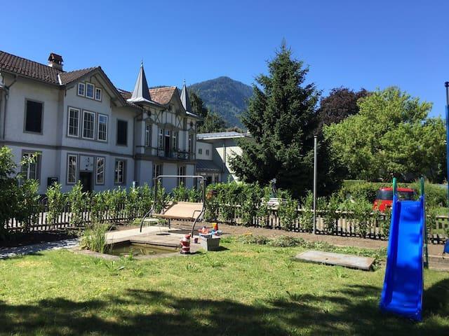 Marco D8 - Interlaken - House