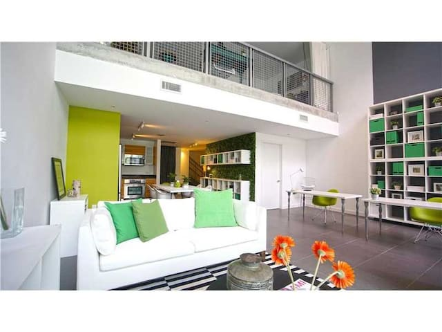 HUGE Luxury 2 Story Condo In Heart of Wynwood