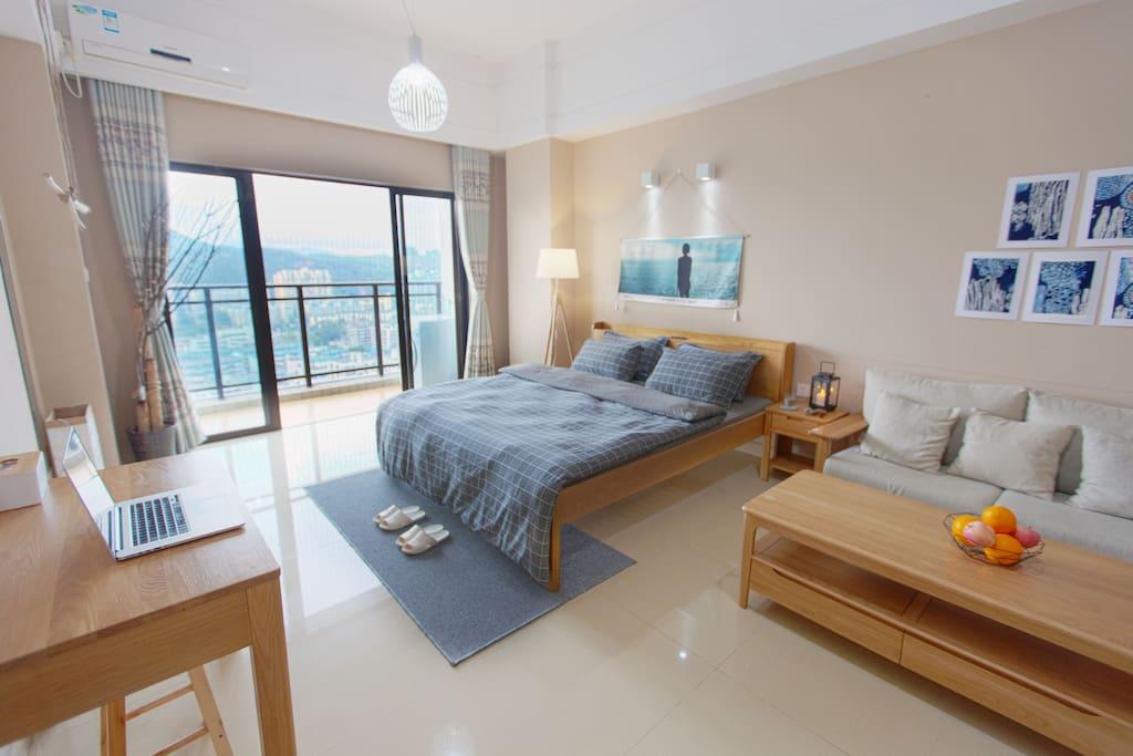 这是位于珠海市中心的高层山景Loft,现在正在低价促销,绝对便宜