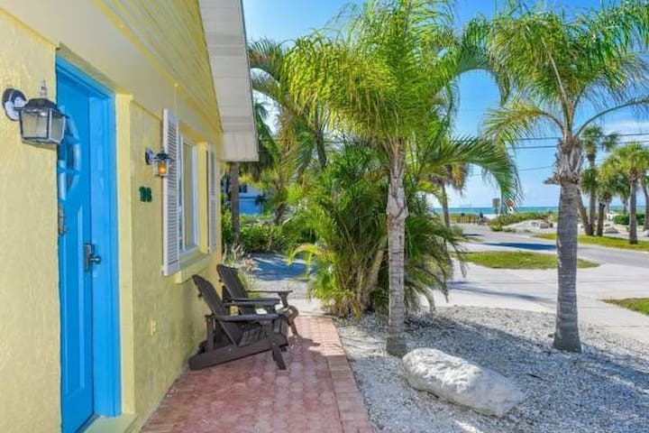Beach View One Bedroom& Steps from the Village!!