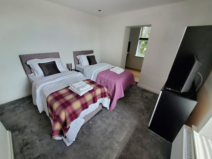 Self Catering Studio Apartments near Salford Royal