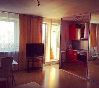 Уютная и стильная квартира-студия - Sankt-Peterburg